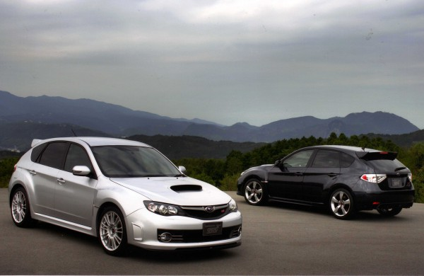 330 S hatch black one.. and silver sti